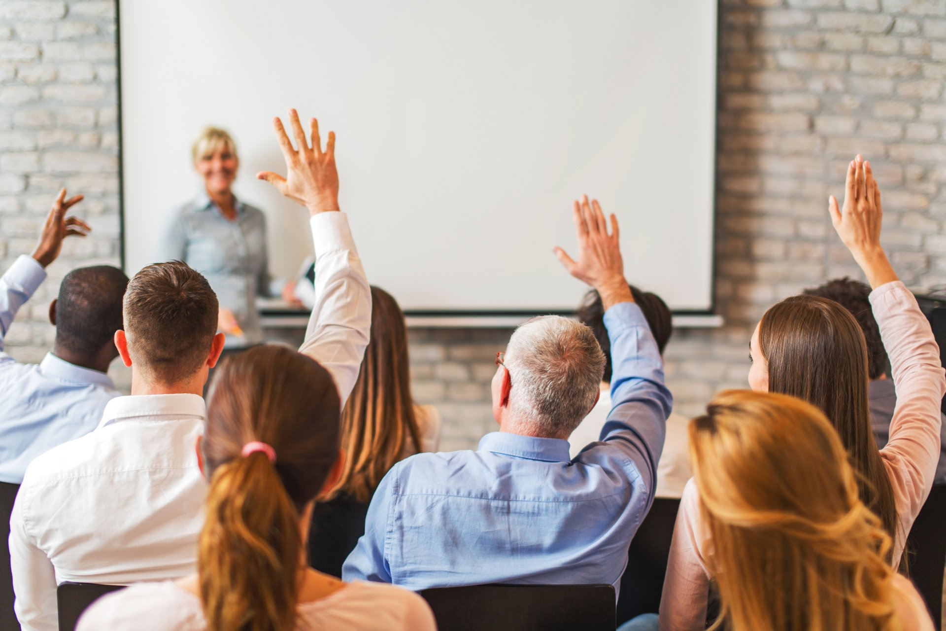 how to respond to live audience members, responding appropriately during panel discussions